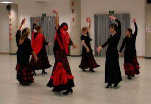 Sevillanas en corro simples - Mucho Más Que Baile